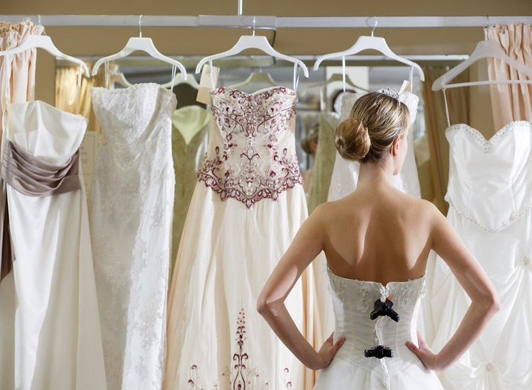 Choose Perfect Wedding Dresses for Planning Your Wedding Event